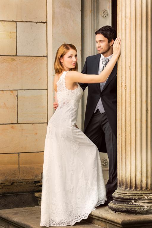 Myrelle Couture Marina Deynega Brautmode Hochzeit Abendmode Anzug Massgeschneidert Maj Garten 12