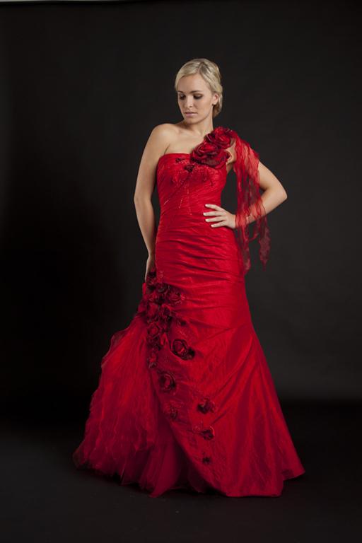 Myrelle Couture Marina Deynega Brautmode Hochzeit Abendmode Anzug Massgeschneidert Viktoria 32