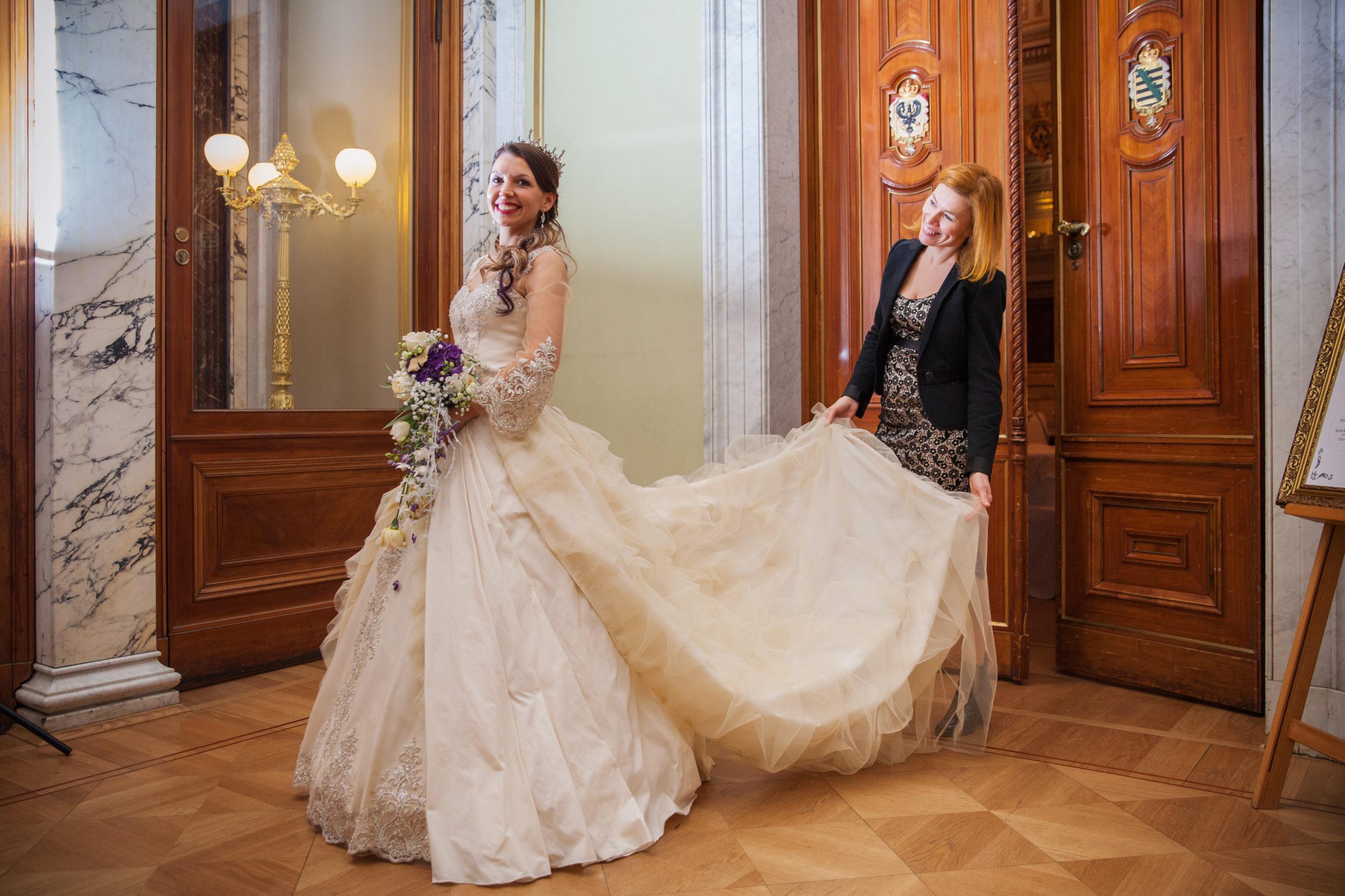 Myrelle Couture Marina Deynega Brautmode Hochzeit Anzug Massgeschneidert Royal Wedding Cm 03