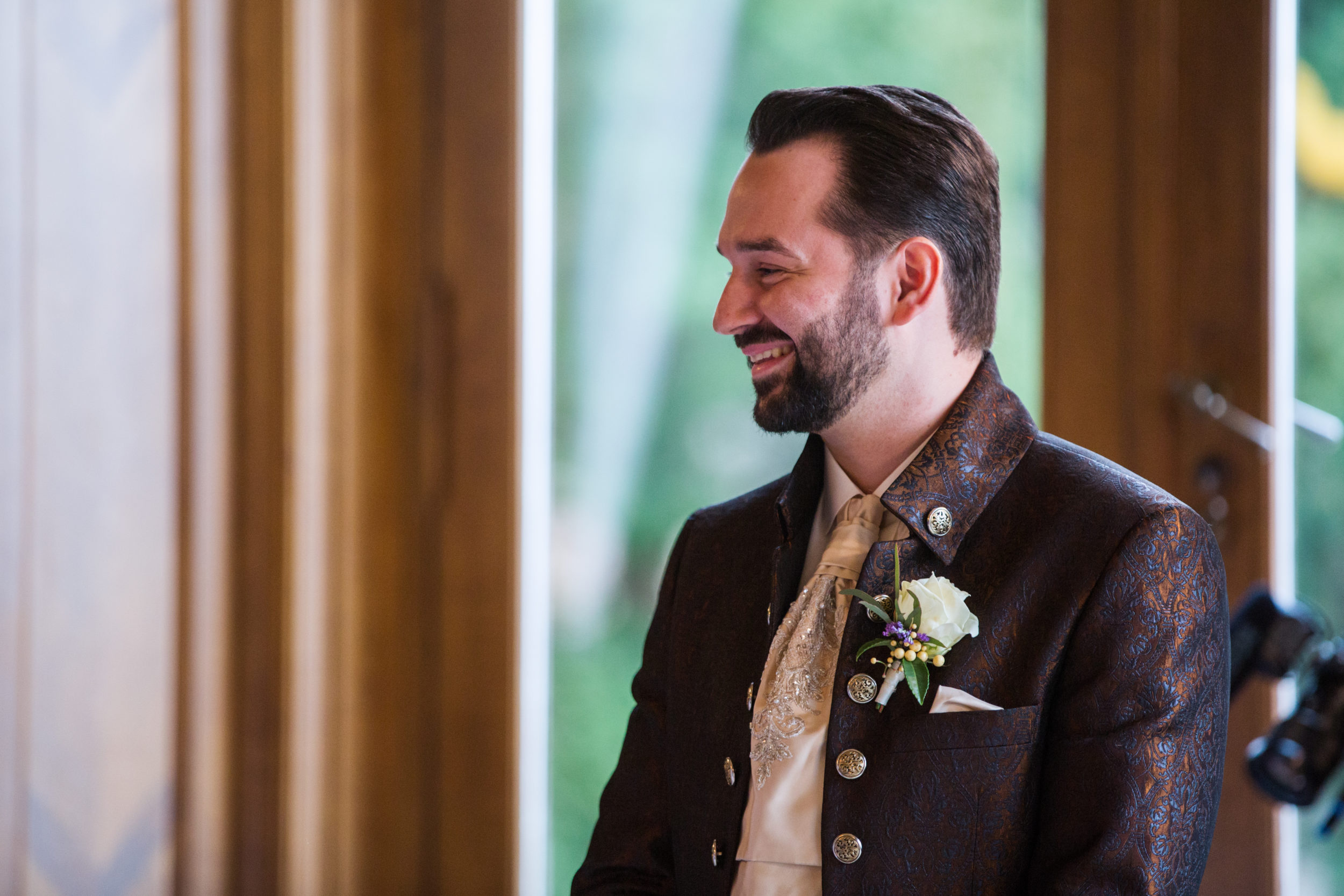 Myrelle Couture Marina Deynega Brautmode Hochzeit Anzug Massgeschneidert Royal Wedding Cm 01