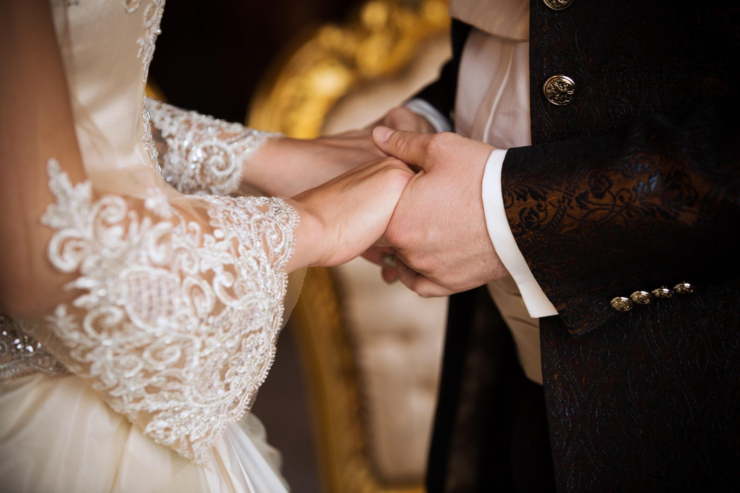 Myrelle Couture Marina Deynega Brautmode Hochzeit Anzug Massgeschneidert Royal Wedding Cm 061