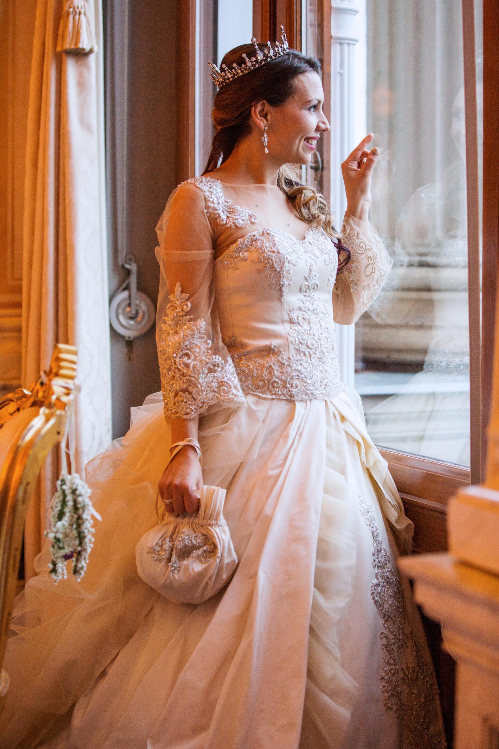 Myrelle Couture Marina Deynega Brautmode Hochzeit Anzug Massgeschneidert Royal Wedding Cm 081