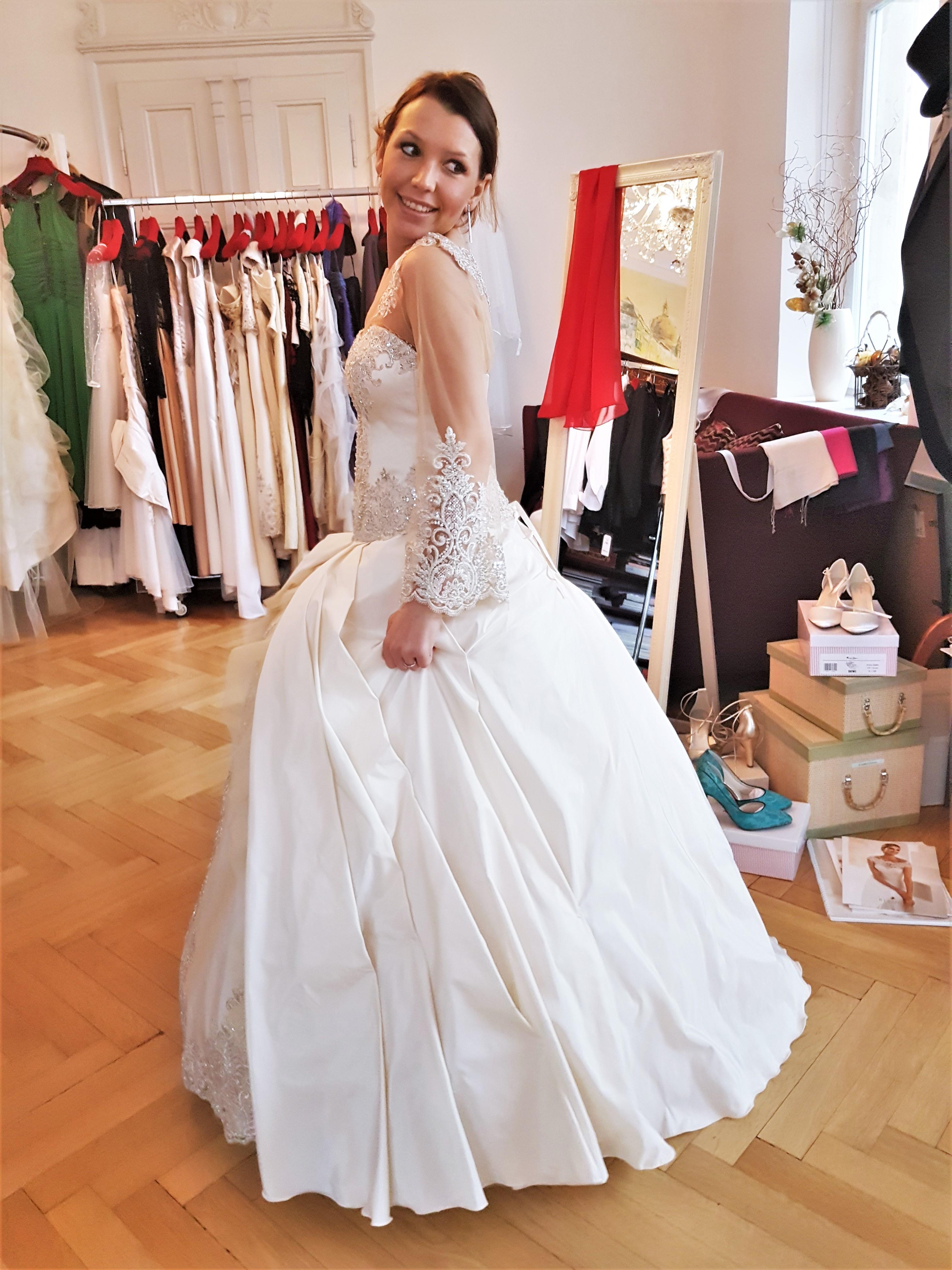 Myrelle Couture Marina Deynega Brautmode Hochzeit Anzug Massgeschneidert Story Cm 05