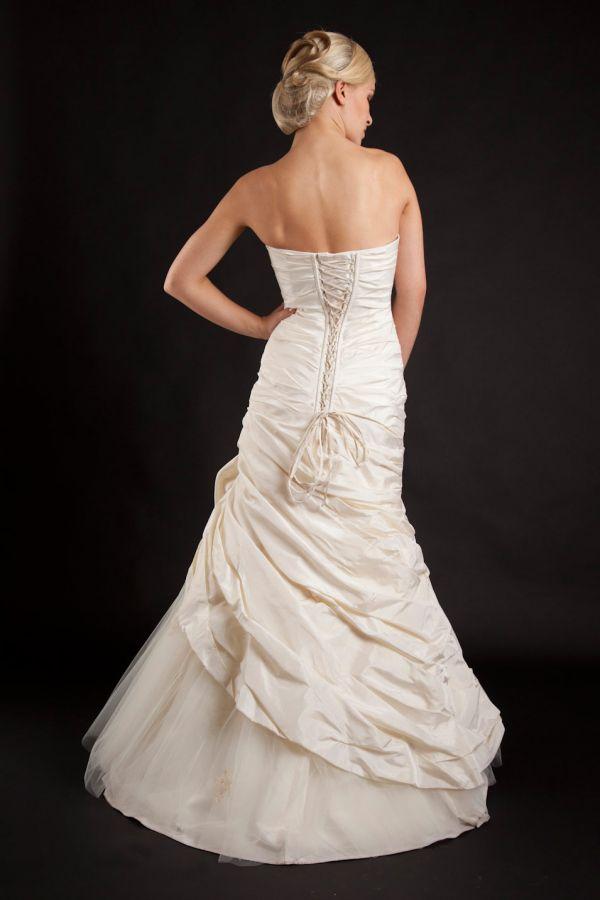 Myrelle Couture Marina Deynega Brautmode Hochzeit Abendmode Anzug Massgeschneidert Viktoria 20