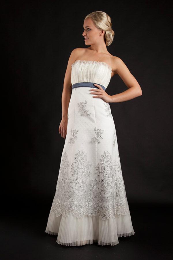 Myrelle Couture Marina Deynega Brautmode Hochzeit Abendmode Anzug Massgeschneidert Viktoria 21